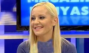 تاتیانا تسیکیویچ هنرمند و بازیگر روس مقیم ترکیه در برنامه زنده مسلمان شد